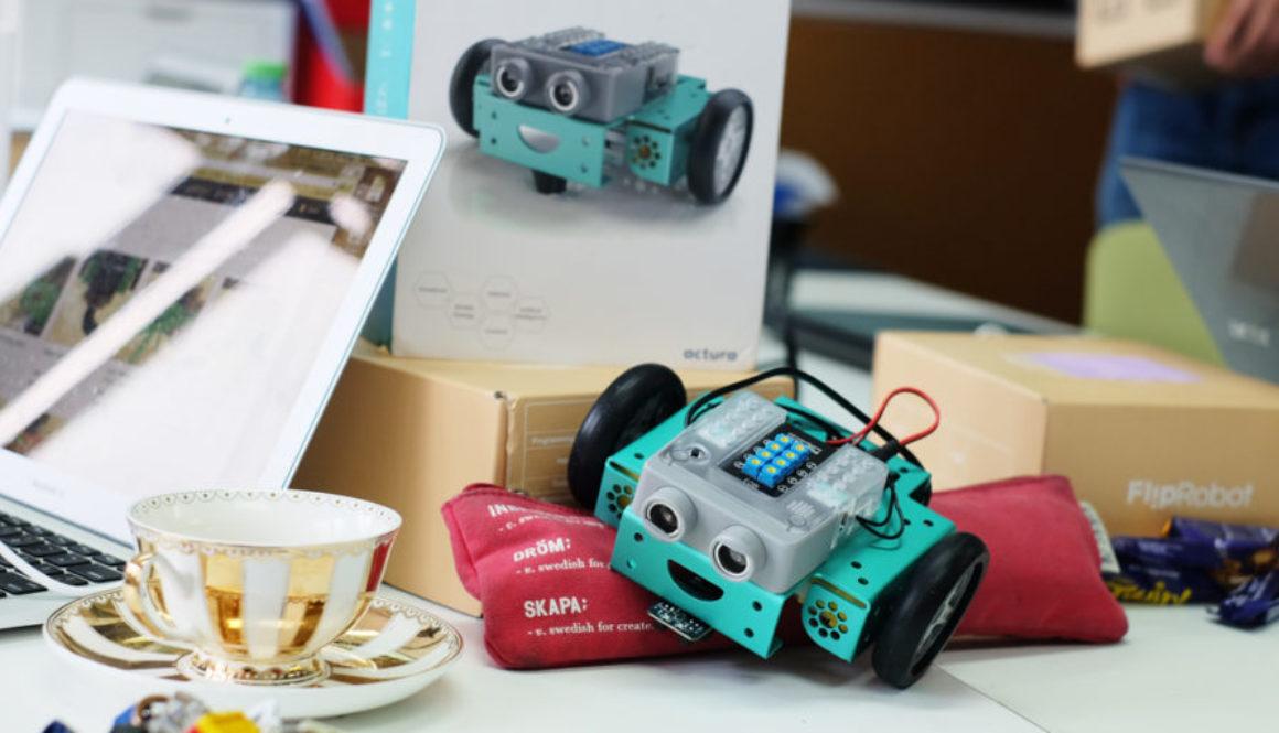 fliprobot professional development course with teachers coding and robot