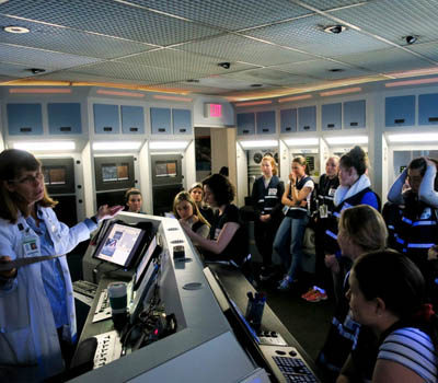 nasa-students-mission-control