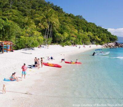 beach-on-fitzroy-island-skydiv-30569_1280x853-min
