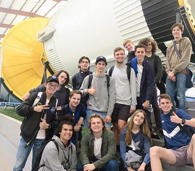 rocket-students-min